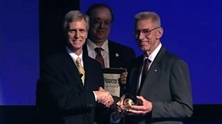 Arnold Bouma Receives the 2007 Sidney Powers Award