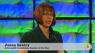 Jonna Gentry receives the 2012 Teacher of the Year Award