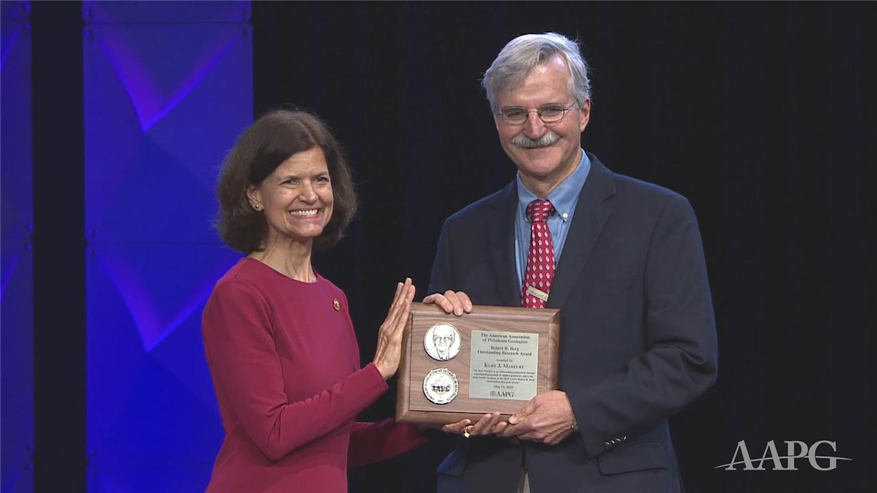 Kurt Marfurt Receives the 2019 Outstanding Research Award